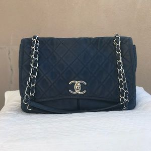 Large Chanel ultra soft suede calfskin 💙